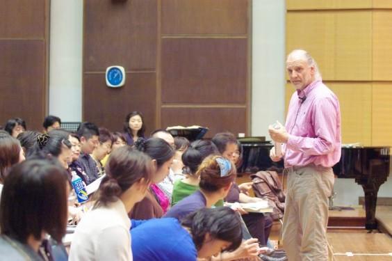 2009年 ペーター・コンヴィチュニー 公開講座&ワークショップ (C) Naoko Nagasawa