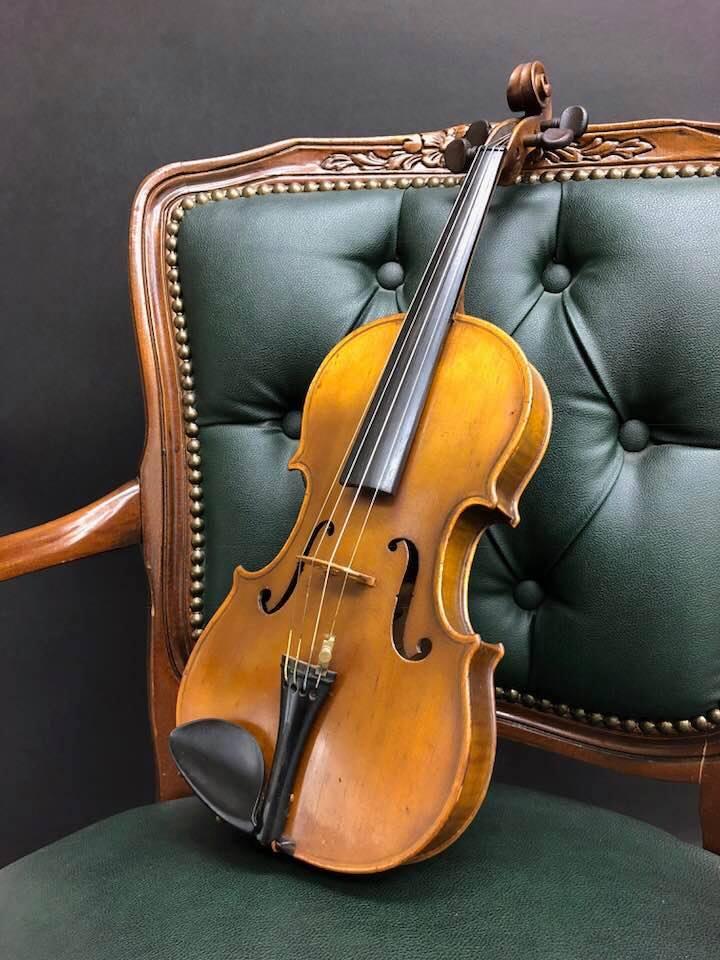 ヴァイオリンがやって来た